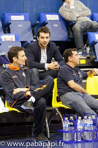 Arnaud Marius (au centre) est le nouveau Manager Général du BCM